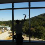 窓の定期清掃
